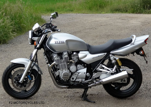 2001 Yamaha XJR1300 Totally Original, v.low mileage, A1 condition SOLD (picture 4 of 6)