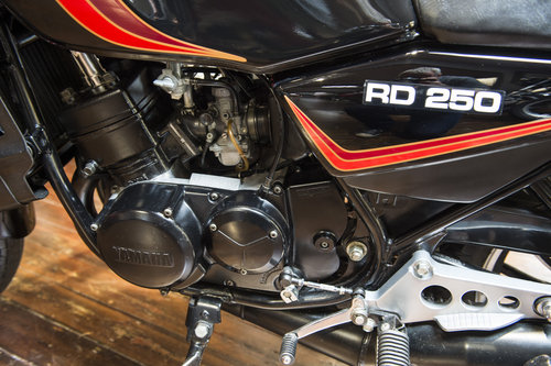 1981 YAMAHA RD250LC RARE INVESTMENT - NEW, OLD STOCK For Sale (picture 6 of 6)