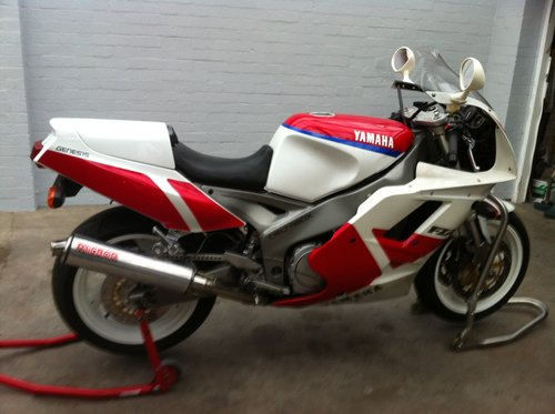 1991 yamaha fzr1000  For Sale (picture 1 of 6)
