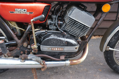 Yamaha RD350 RD 350 1972 1st year model US BARN FIND Winter  SOLD (picture 4 of 6)