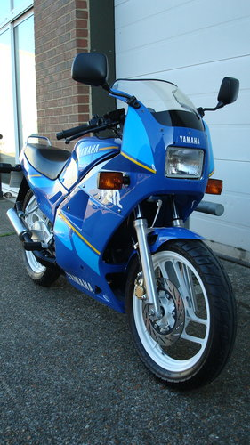 Yamaha TZR 125 1994-M ***2565 MILES!!** SOLD (picture 2 of 6)