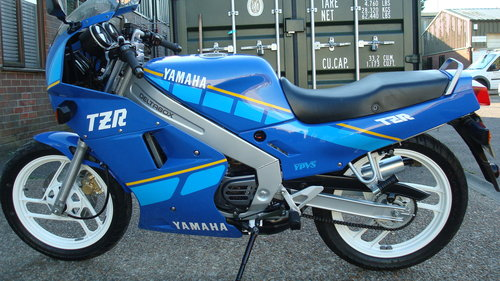 Yamaha TZR 125 1994-M ***2565 MILES!!** SOLD (picture 6 of 6)