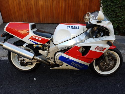 1989 Yamaha FZR750R OW-01 For Sale (picture 1 of 6)