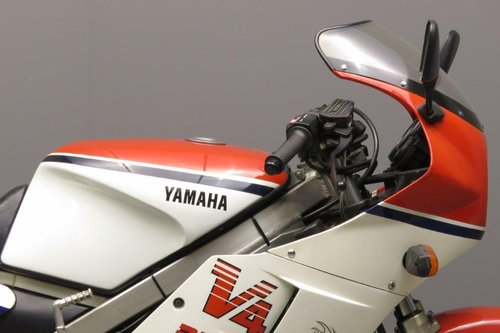 Yamaha RD500 1984 SOLD (picture 5 of 6)