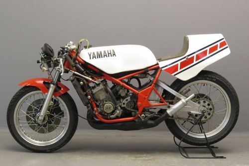 Yamaha 1985 TZ 250 racer SOLD (picture 3 of 6)