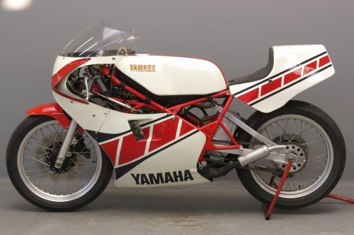 Yamaha 1984 TZ 250 racer SOLD (picture 2 of 6)