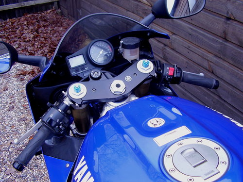 Yamaha YZF-R1 4XV (2 owners, 2200 miles) 1999 T Reg For Sale (picture 4 of 6)