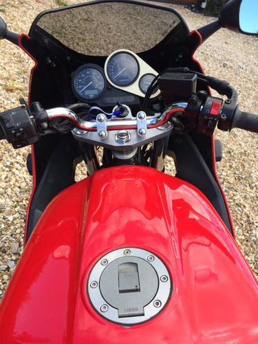 1998 Yamaha FZS600 Fazer 600 just 8,980 miles SOLD (picture 4 of 5)