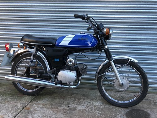 1980 YAMAHA FS1E FIZZY SIMPLY LOVELY 50CC MOPED £2495 ONO For Sale (picture 1 of 4)