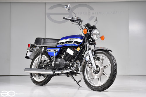 1976 A Splendid Yamaha RD400C in Superb Condition Throughout SOLD (picture 2 of 6)