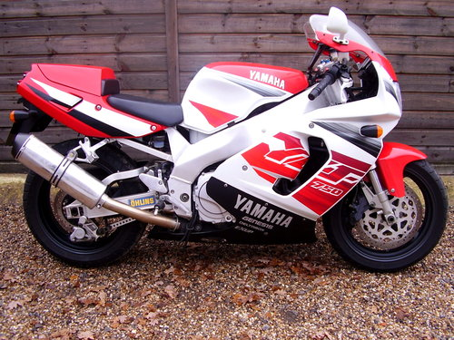 Yamaha YZF 750 R (UK bike, 2 owners, 2800 miles) 1997 R Reg. SOLD (picture 1 of 6)