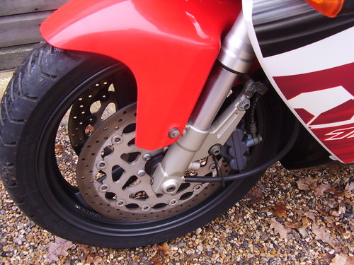 Yamaha YZF 750 R (UK bike, 2 owners, 2800 miles) 1997 R Reg. SOLD (picture 6 of 6)