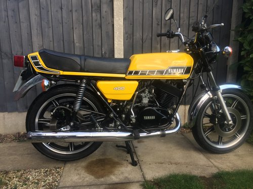 1983 Yamaha RD400 F SOLD (picture 1 of 6)