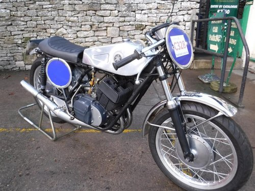 **MARCH AUCTION** 1972 Yamaha R5 For Sale by Auction (picture 1 of 1)