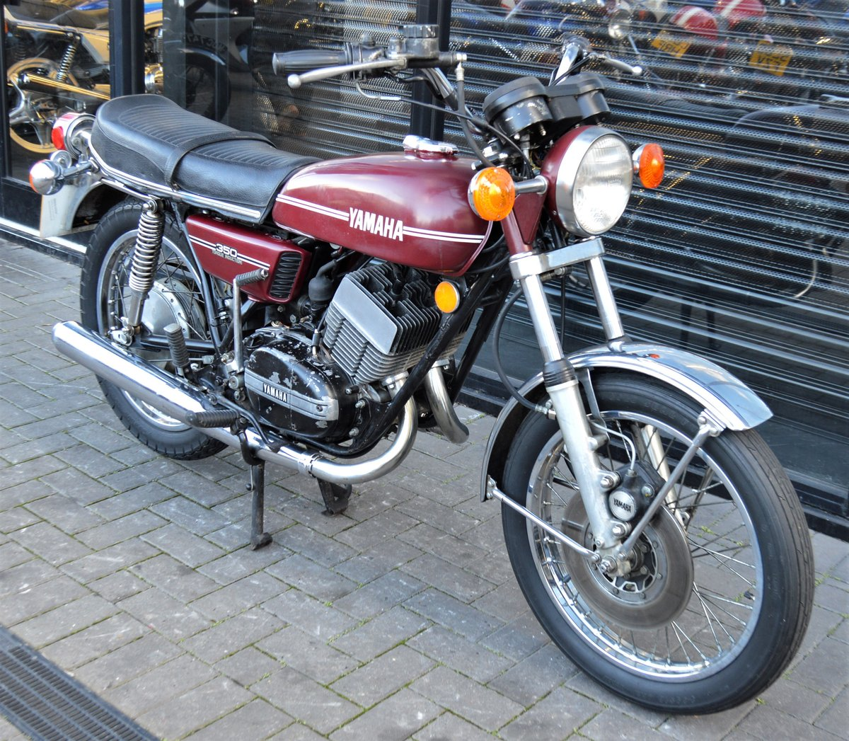 1974 YAMAHA RD350 * MATCHING NUMBERS * UK DELIVERY For Sale (picture 1 of 6)
