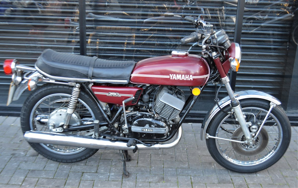 1974 YAMAHA RD350 * MATCHING NUMBERS * UK DELIVERY For Sale (picture 2 of 6)