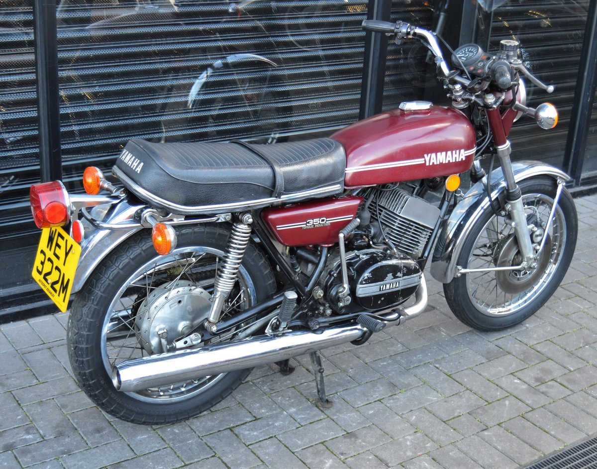1974 YAMAHA RD350 * MATCHING NUMBERS * UK DELIVERY For Sale (picture 3 of 6)