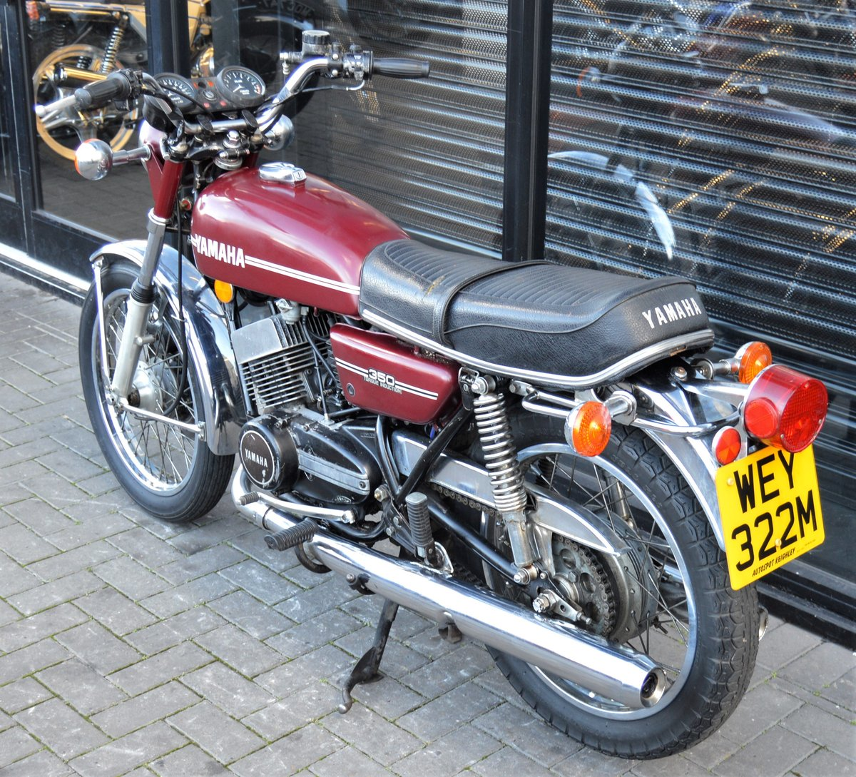 1974 YAMAHA RD350 * MATCHING NUMBERS * UK DELIVERY For Sale (picture 6 of 6)