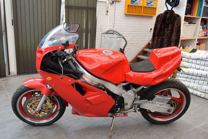 1987 Yamaha FZR 1000 Genesis For Sale (picture 3 of 6)