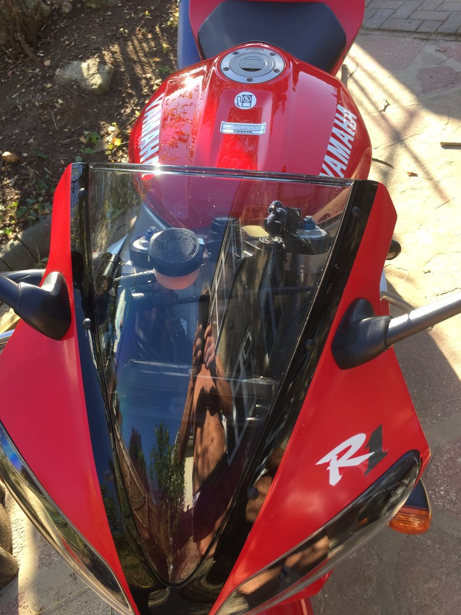 Yamaha R1 2000 For Sale (picture 1 of 6)