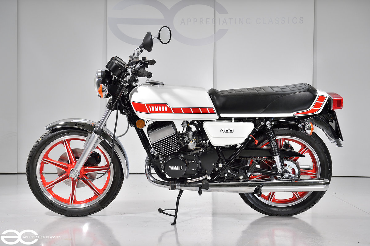 1978 Beautiful Yamaha RD 400D - Restored & in White/Red SOLD | Car