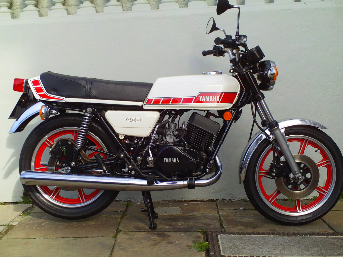 1981 YAMAHA RD400 F SOLD (picture 1 of 6)