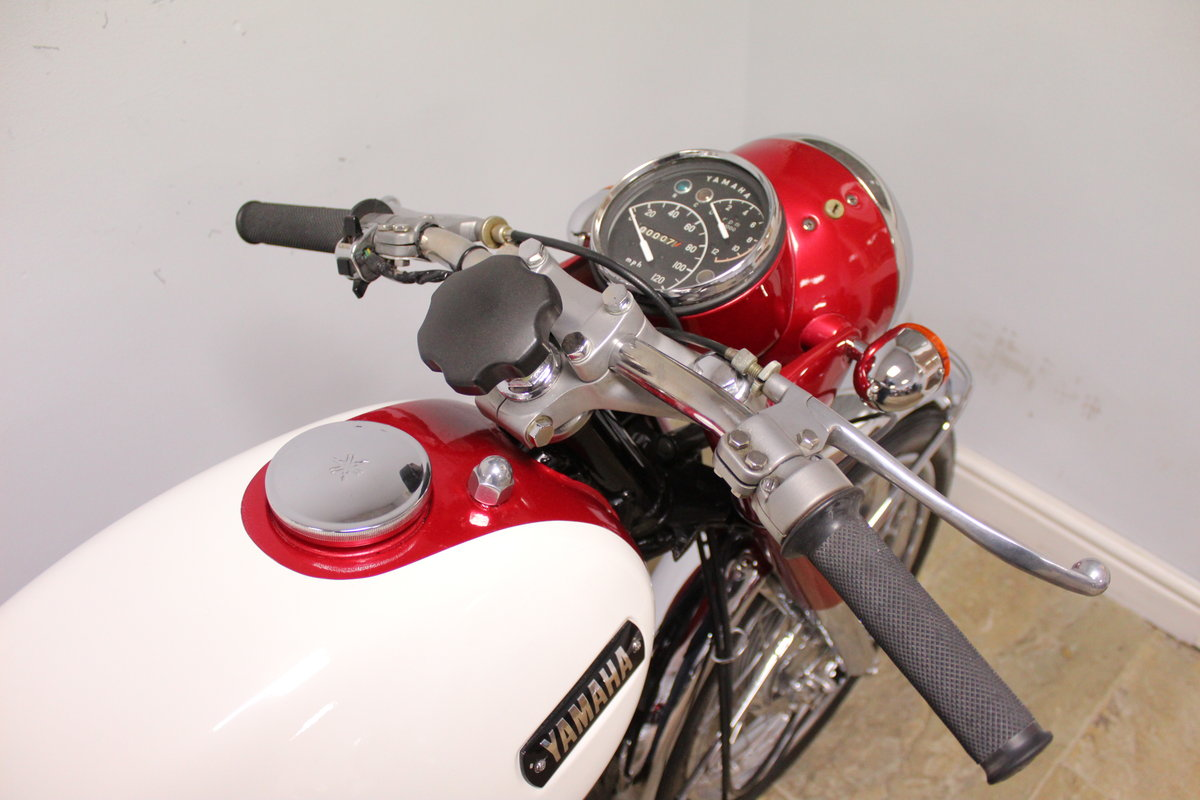 1968 Yamaha YM1 305 cc Twin Two Stroke OUTSTANDING SOLD (picture 3 of 6)