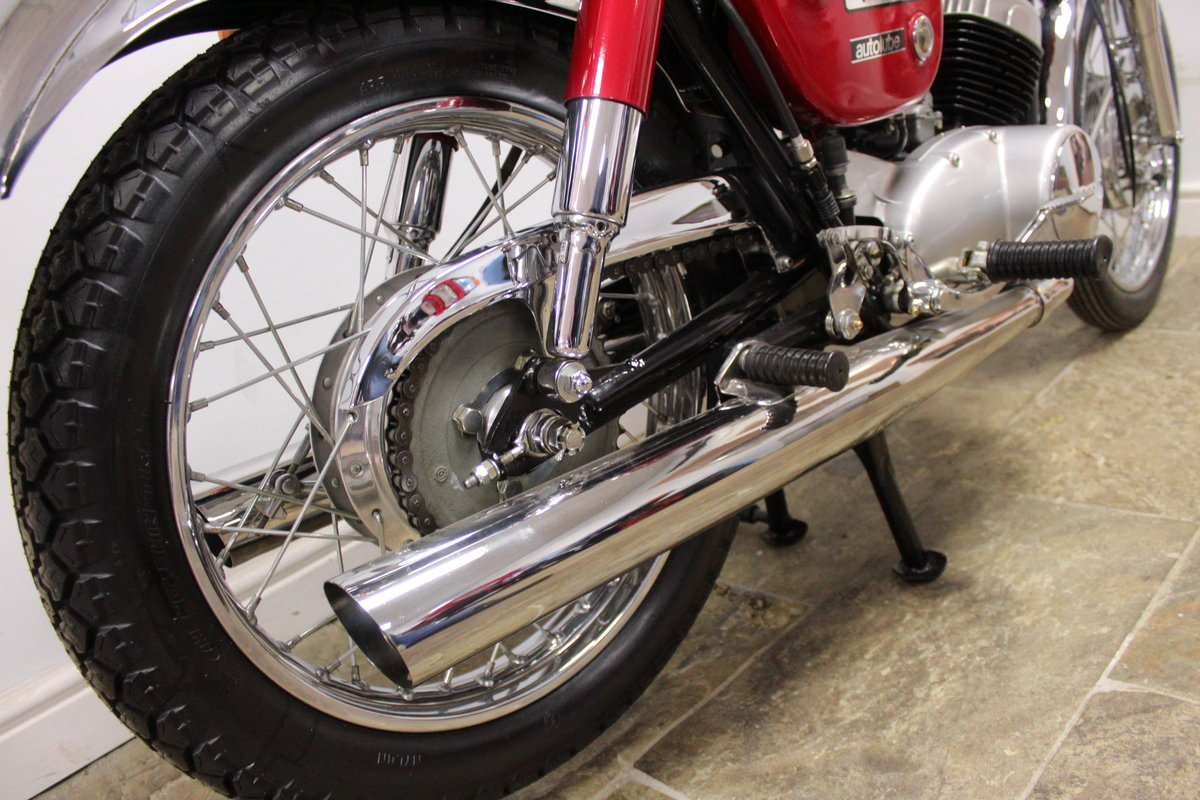 1968 Yamaha YM1 305 cc Twin Two Stroke OUTSTANDING SOLD (picture 4 of 6)