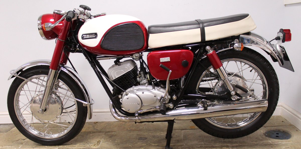 1968 Yamaha YM1 305 cc Twin Two Stroke OUTSTANDING SOLD (picture 5 of 6)