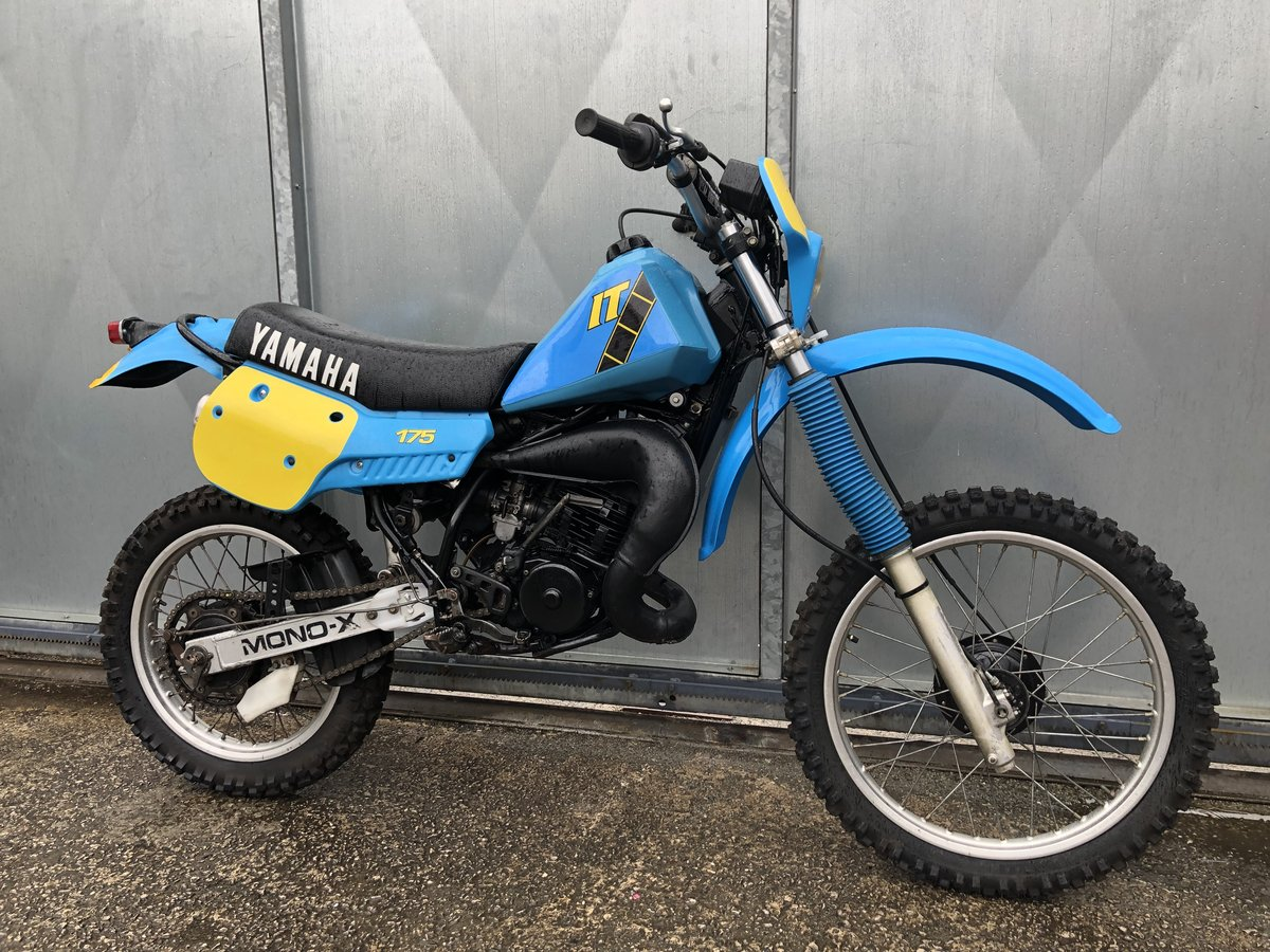 1980 YAMAHA IT 175 ENDURO TRAIL ROAD REGD RARE BIKE £3995 ONO PX For Sale (picture 1 of 5)