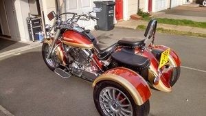 Motorcycle Trike 1999 Yamaha Dragstar XVS 650A