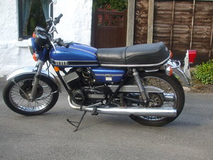 1975 Yamaha RD250 For Sale