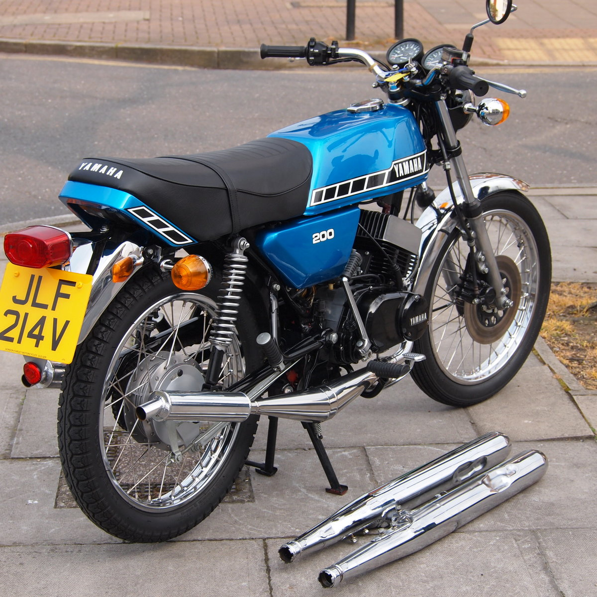 1979 Yamaha RD200 RESERVED FOR STEPHEN. SOLD (picture 5 of 6)