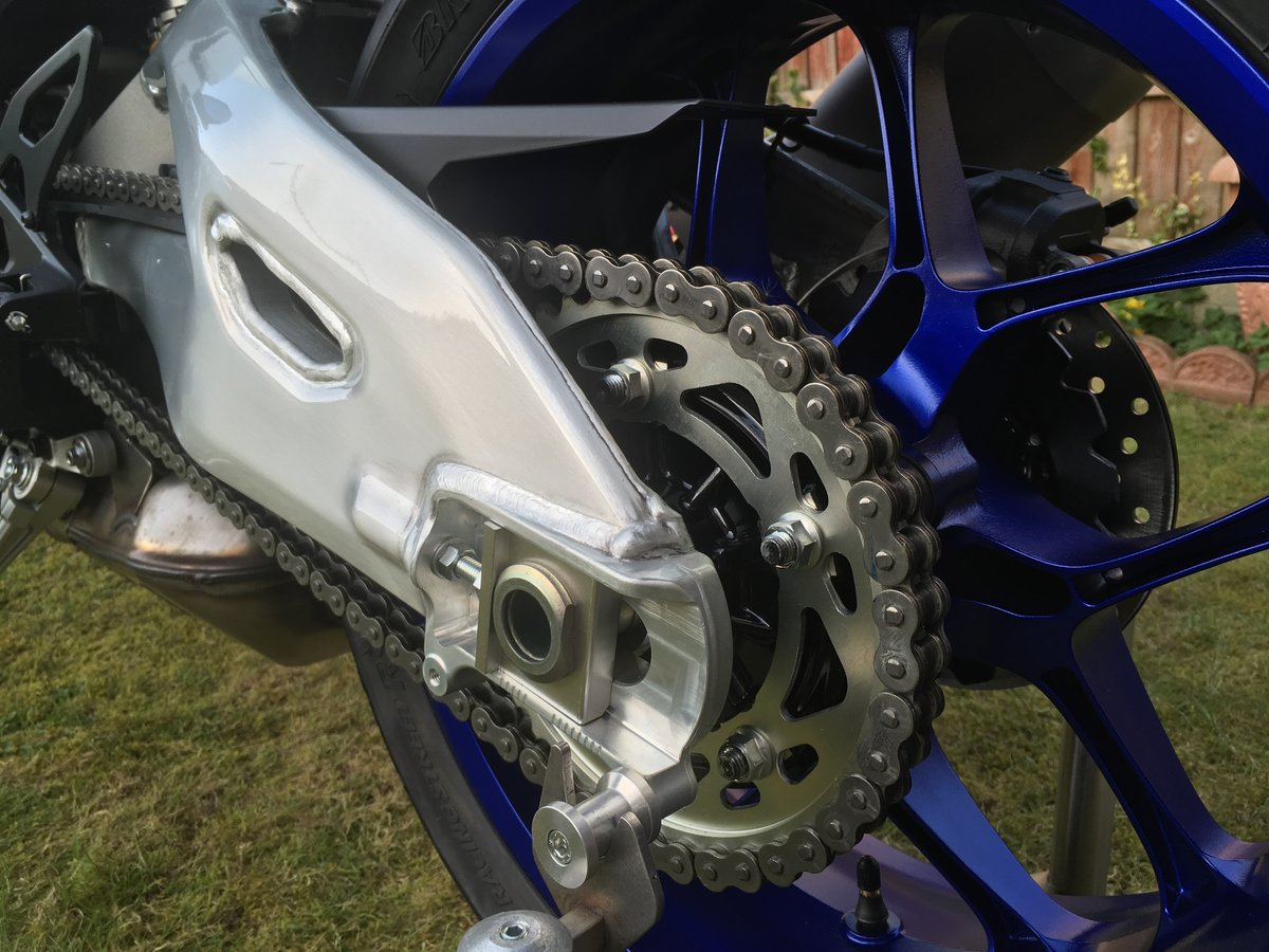 2016 YAMAHA YZF-R1M Brand New & Unregistered  For Sale (picture 5 of 6)