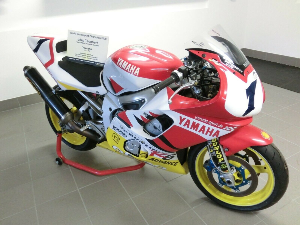 Yamaha YZF-R6 World Championship 2000 Winning Bike !!! For Sale (picture 1 of 5)
