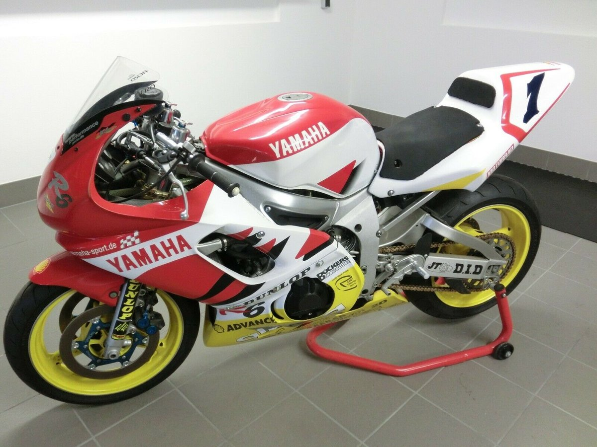 Yamaha YZF-R6 World Championship 2000 Winning Bike !!! For Sale (picture 2 of 5)