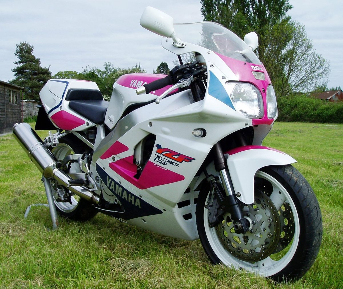 "1992 Yamaha YZF750R ""Pinkie"" Classic Superb Condition For Sale (picture 4 of 6)"