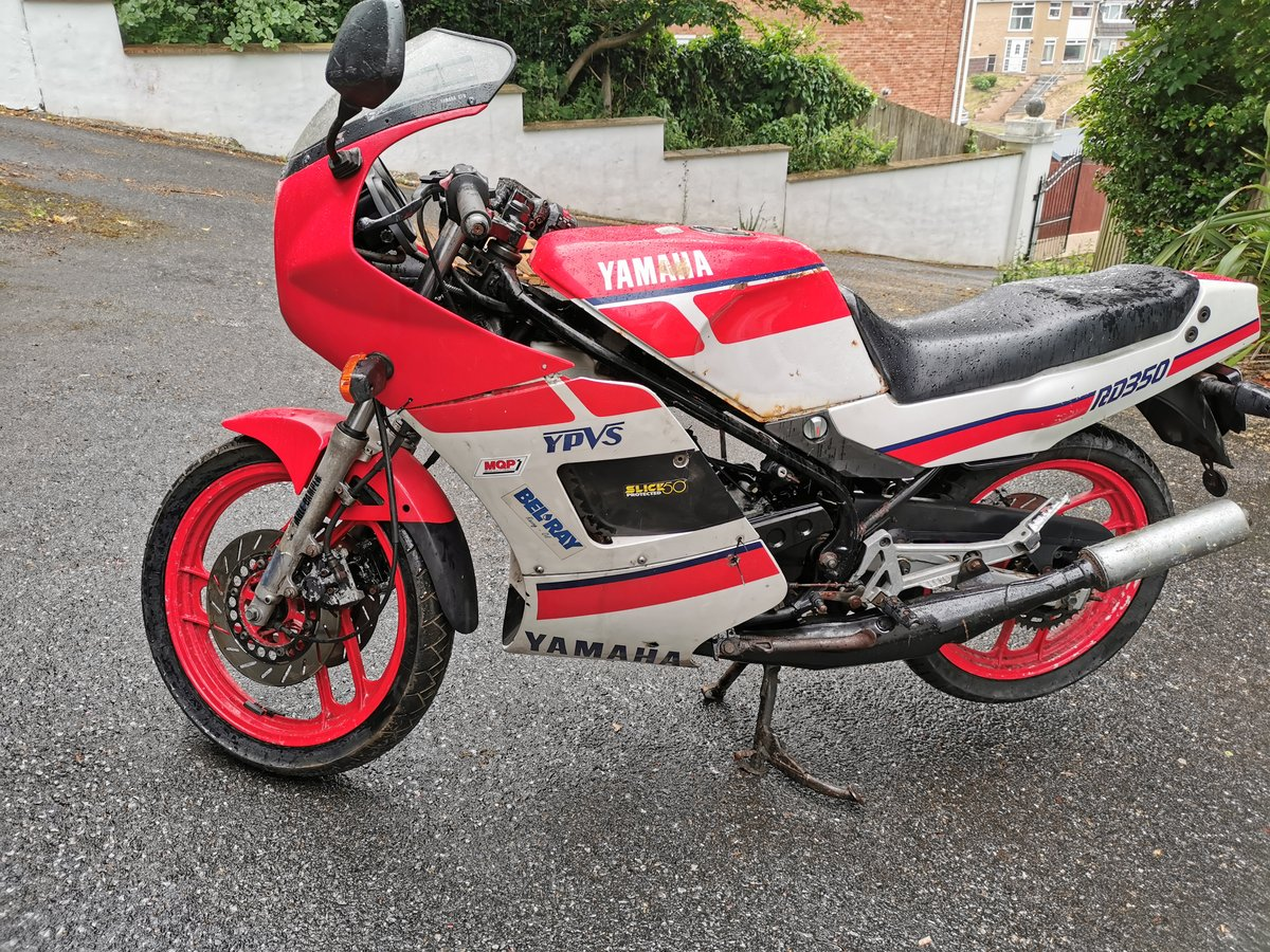 1986 Yamaha rd350 ypvs low mileage BARGAIN  FREE UK DEL For Sale (picture 2 of 6)