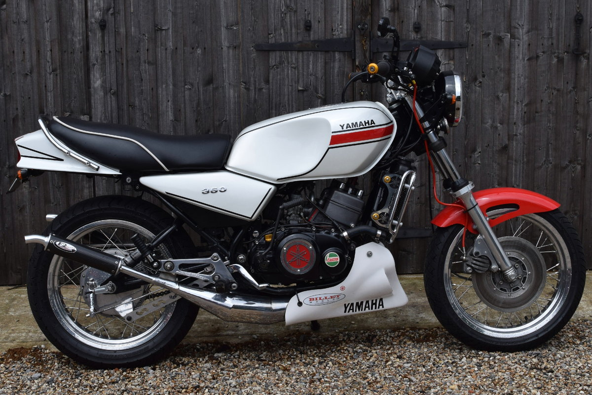 Yamaha RD 250/350 LC (UK Bike, Restored, Show Standard) 1982 For Sale (picture 1 of 6)