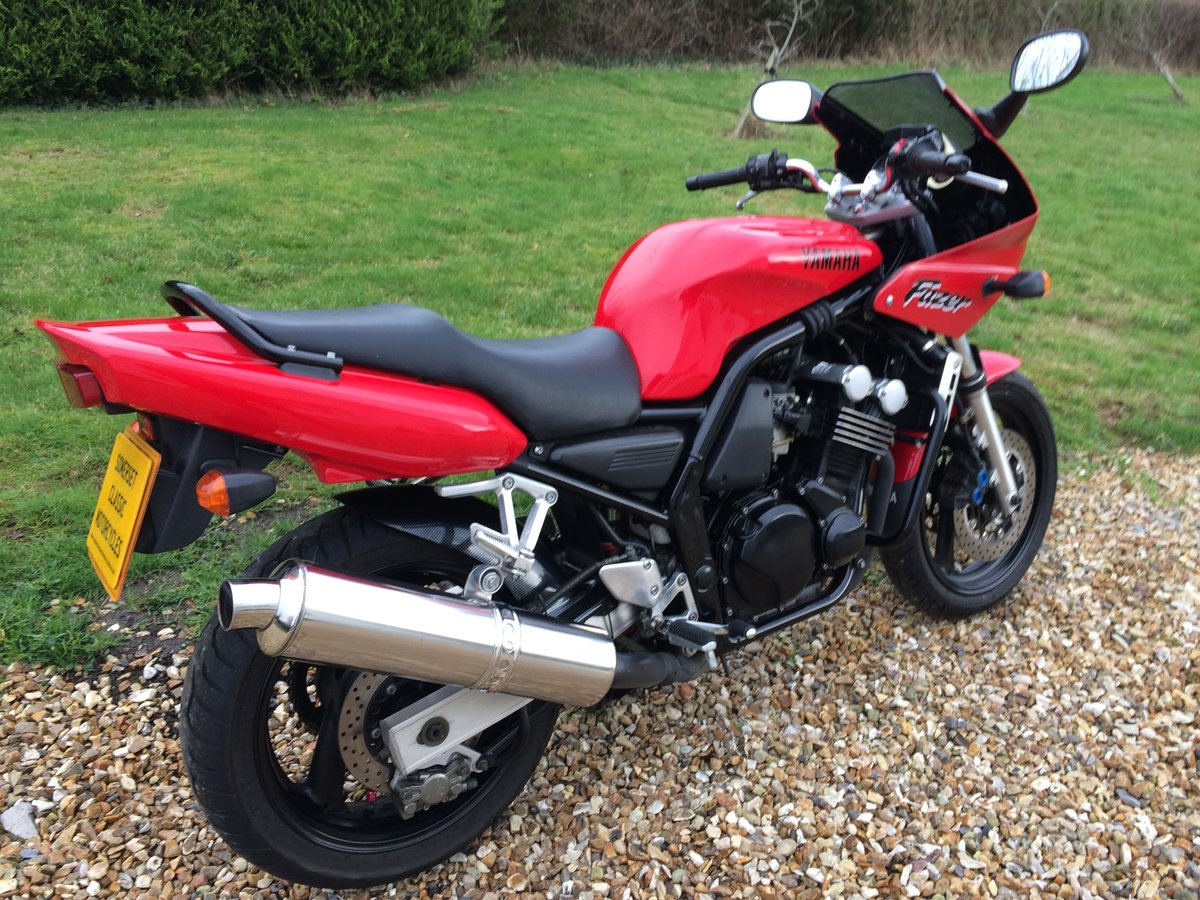 1997 Yamaha FZS600 Fazer  For Sale (picture 1 of 6)