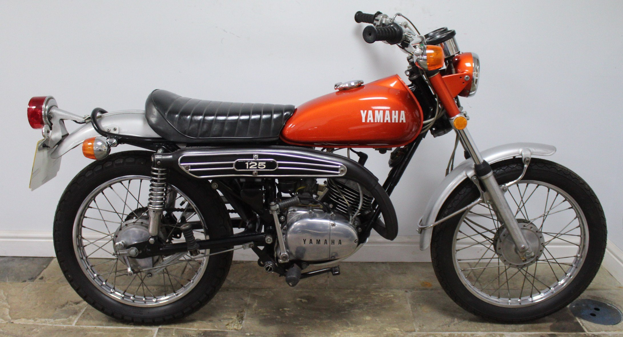 1972 Yamaha DT125 Two Stroke Trail Bike  SUPERB original  SOLD (picture 1 of 6)