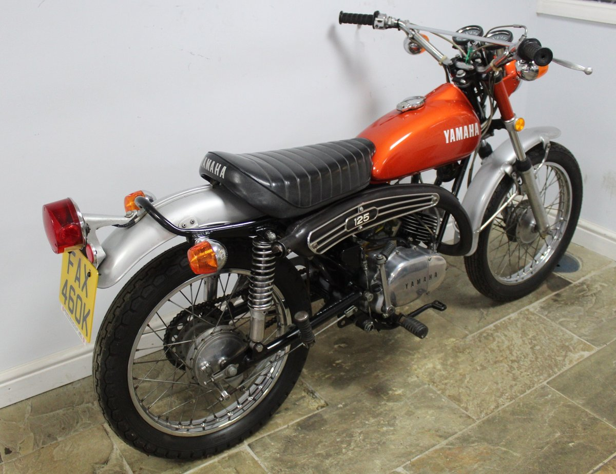 1972 Yamaha DT125 Two Stroke Trail Bike  SUPERB original  SOLD (picture 2 of 6)