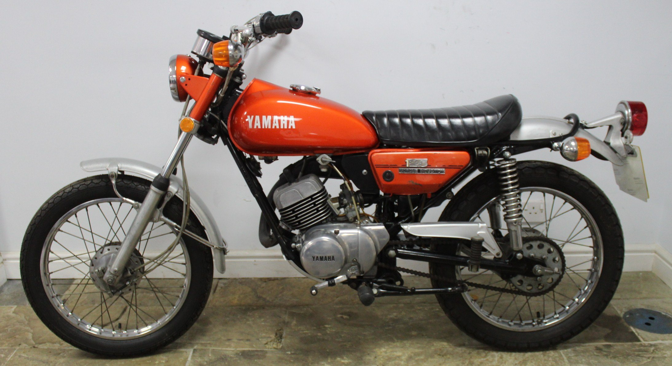 1972 Yamaha DT125 Two Stroke Trail Bike  SUPERB original  SOLD (picture 5 of 6)