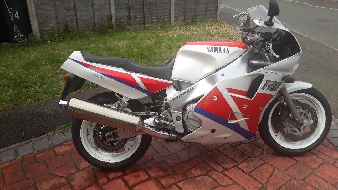 For sale Yamaha 1990 fzr1000 exup Genesis For Sale (picture 1 of 6)