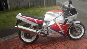 For sale Yamaha 1990 fzr1000 exup Genesis For Sale