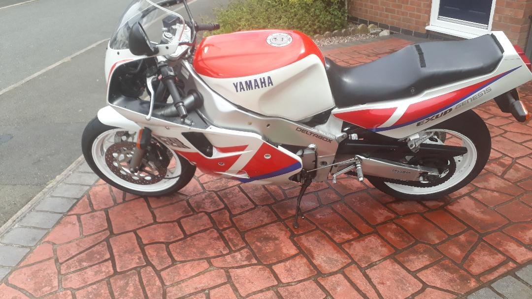 For sale Yamaha 1990 fzr1000 exup Genesis For Sale (picture 4 of 6)