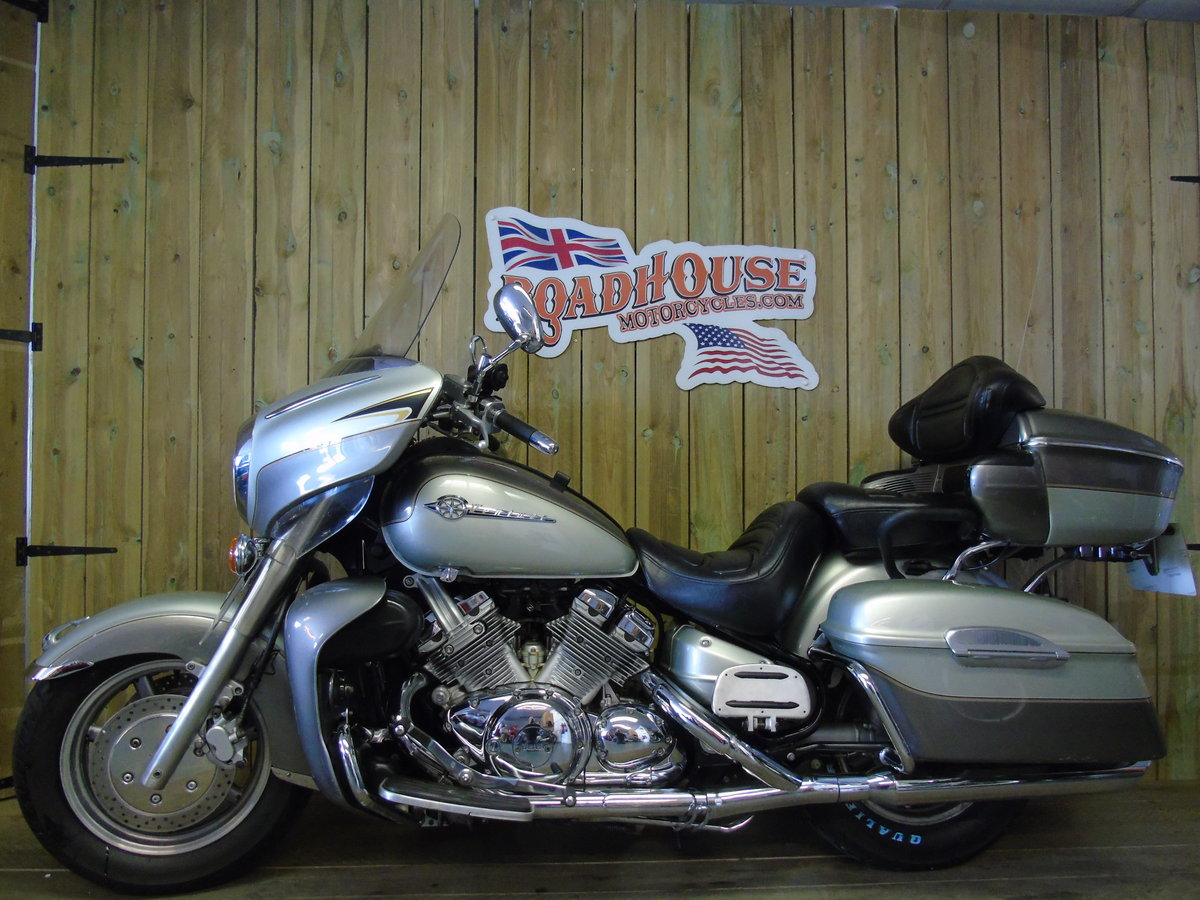 2002 Yamaha XVZ1300 Royal Star Venture Only 15,000 Miles  For Sale (picture 2 of 6)