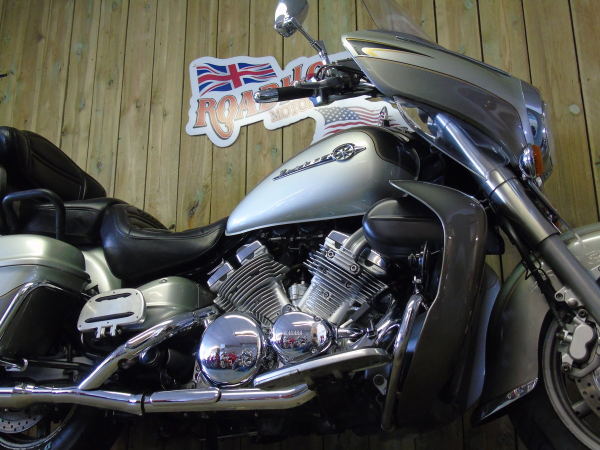 2002 Yamaha XVZ1300 Royal Star Venture Only 15,000 Miles  For Sale (picture 3 of 6)