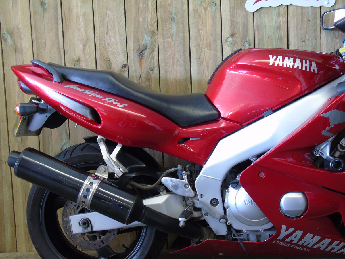 1999 Yamaha YZF 600 YZF600R Thundercat Full Service History For Sale (picture 3 of 6)