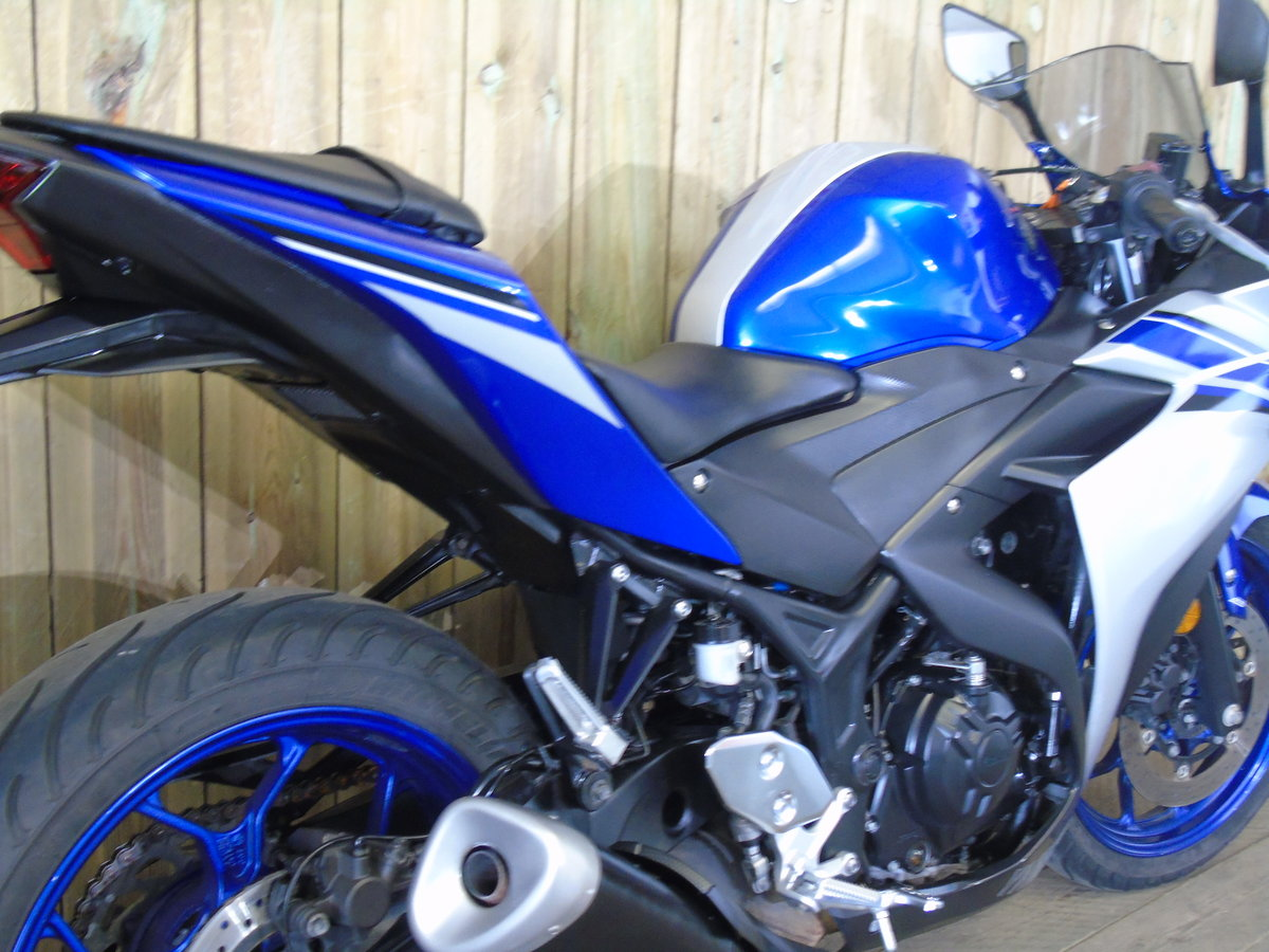 Yamaha YZF R3 2016 ABS One Owner From New Service History  For Sale (picture 5 of 6)
